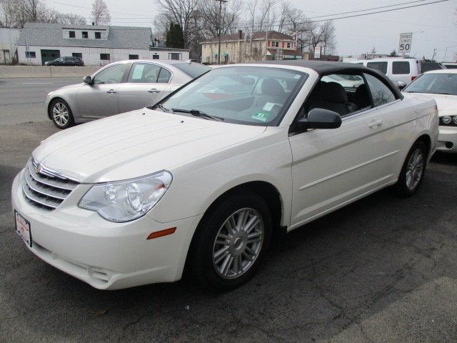 Pre Owned 2008 Chrysler Sebring Lx