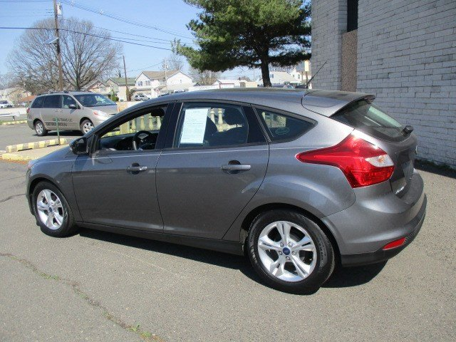 Pre-Owned 2014 Ford Focus SE & Pre-Owned 2014 Ford Focus SE Hatchback in Edison #8713 | Edison ... markmcfarlin.com