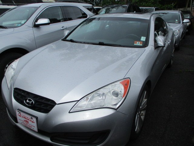 Pre-Owned 2011 Hyundai Genesis Coupe