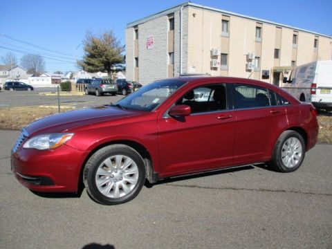 Pre-Owned 2013 Chrysler 200 LX