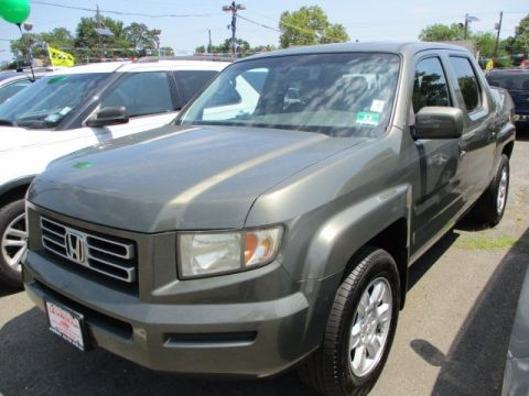 Pre-Owned 2006 Honda Ridgeline RTL with MOONROOF