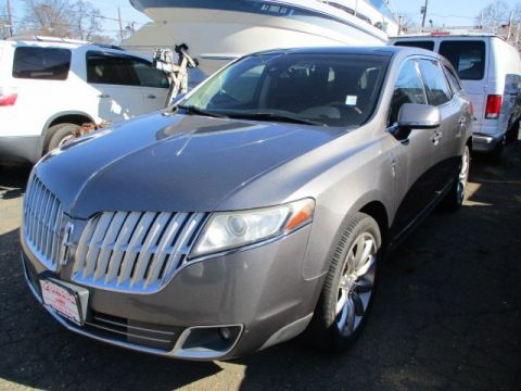 Pre-Owned 2010 Lincoln MKT